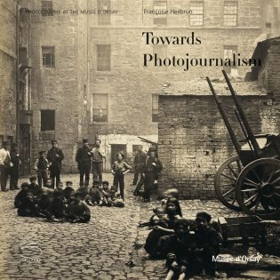 Towards Photojournalism